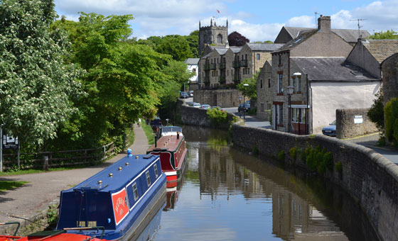 Leeds and Liverpool Canal in Skipton